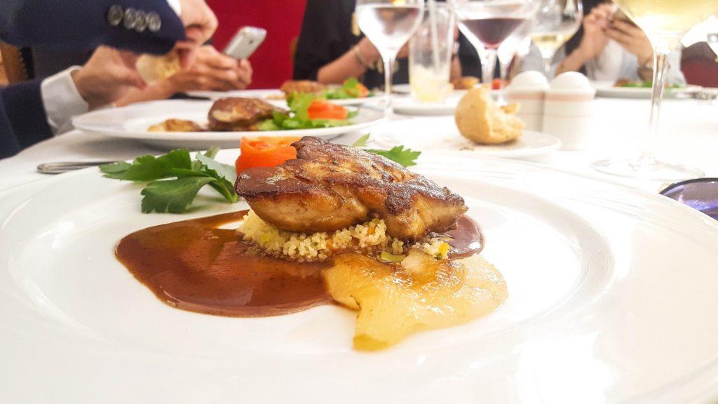 table-du-retro-meilleur-restaurant-francais-casablanca-dejeuner-daffaires-6