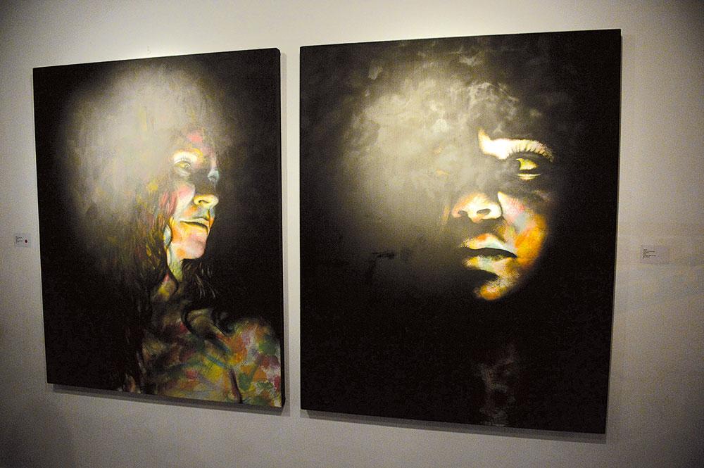 Les toiles de l'artiste Saâd Nazih, lauréat du premier « Prix Banque Populaire pour les jeunes artistes »
