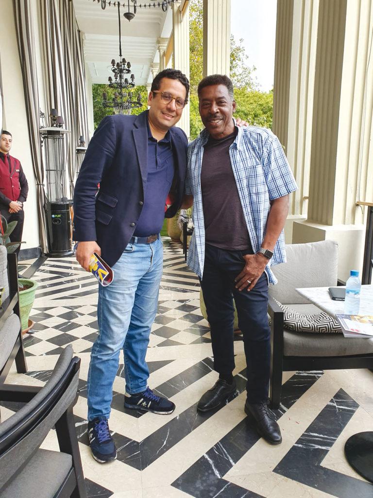 Rafik Lahlou et Ernie Hudson lors du tournage du film Redemption Day à Casablanca.