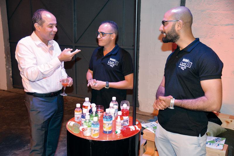 Jamal Chemssedine en pleine discussion avec les participants au programme « 1000 Fikra » •